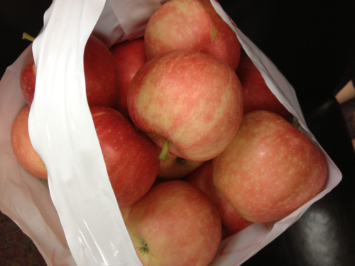 10 lbs of apples